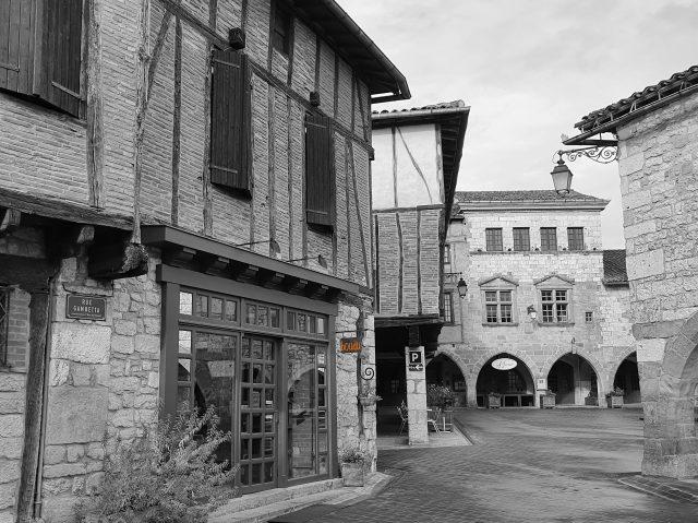 Boutique à Castelnau de Montmiral dans le Tarn