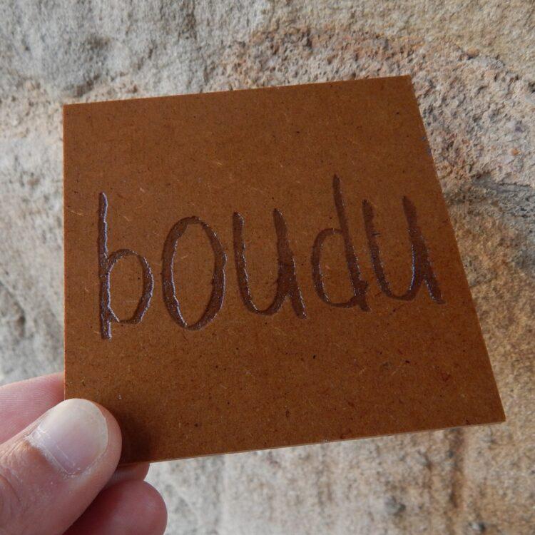 """Sous-verre boudu bois """"boudu"""""""