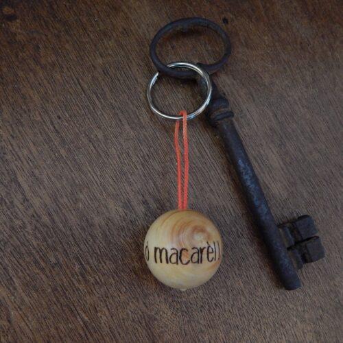 """Porte-clés boudu cochonnet """"ò macarel"""""""