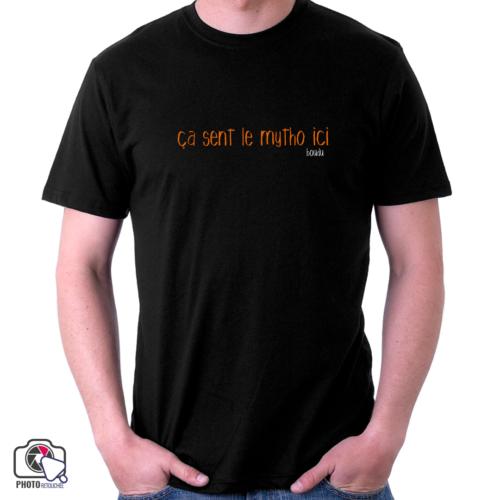 "T-shirt boudu Homme ""ça sent le mytho ici"""