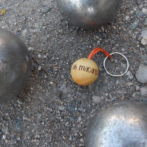 """Porte-clés boudu cochonnet """"oh macarel"""""""